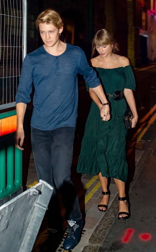 Inside Taylor Swift and Joe Alwyn's Romantic Dinner Date in London