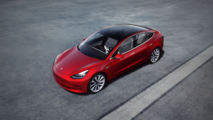 Tesla is rolling out its Navigate on Autopilot feature