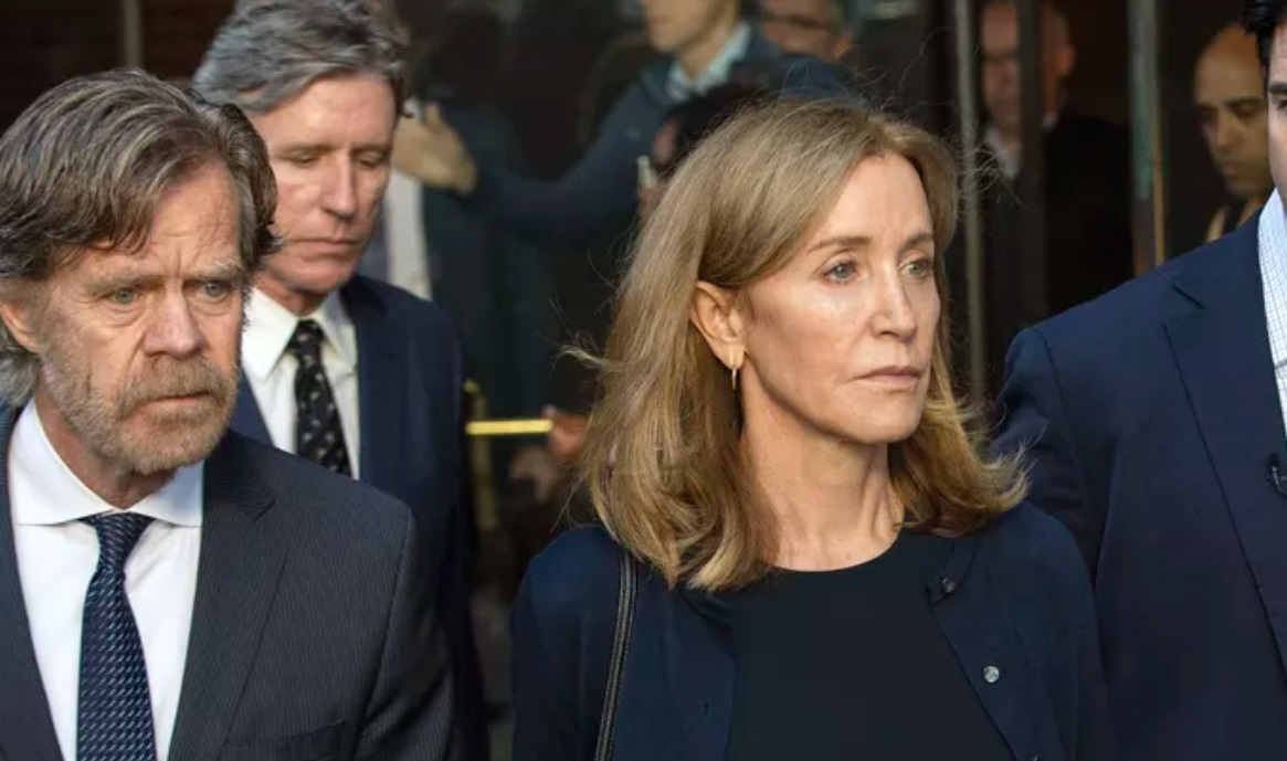 Felicity Huffman gets 14 days in prison in college cheating scandal