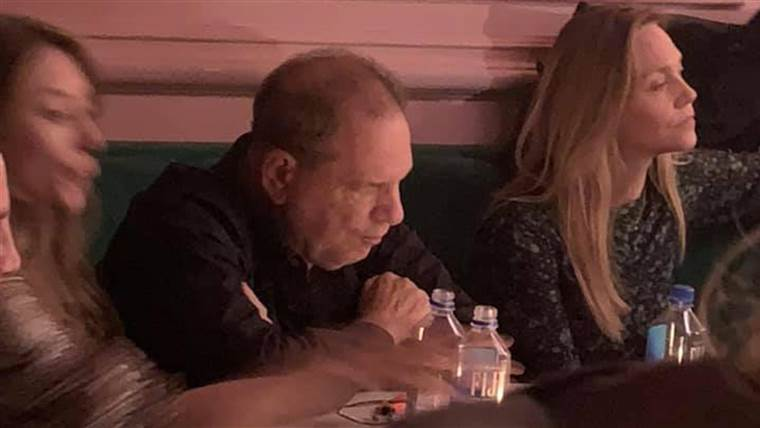 Harvey Weinstein confronted by multiple people at New York City bar