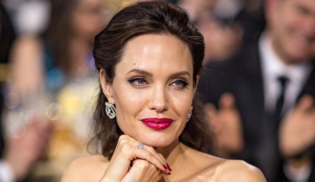Pictures : Saint and Sinner: Angelina Jolies Most