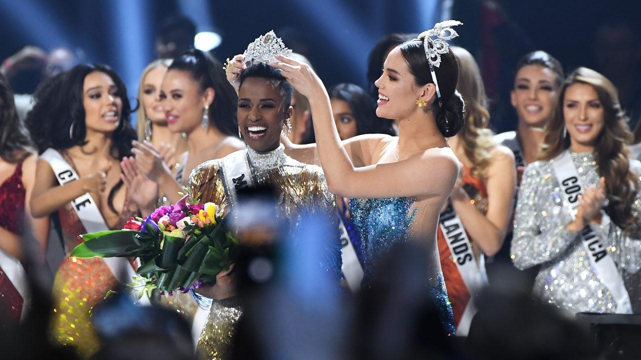 Sudáfrica la nueva Miss Universo 2019 Zozibini Tunzi