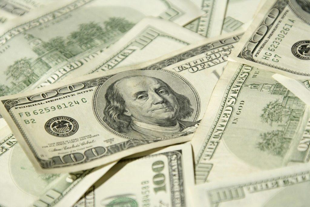 uncle sam giving away money federal coronavirus checks - vivomix news