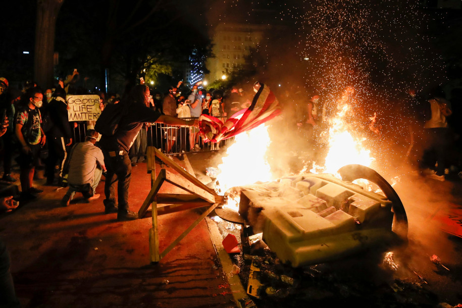 Several fires lit near White House as DC protests continue to rage