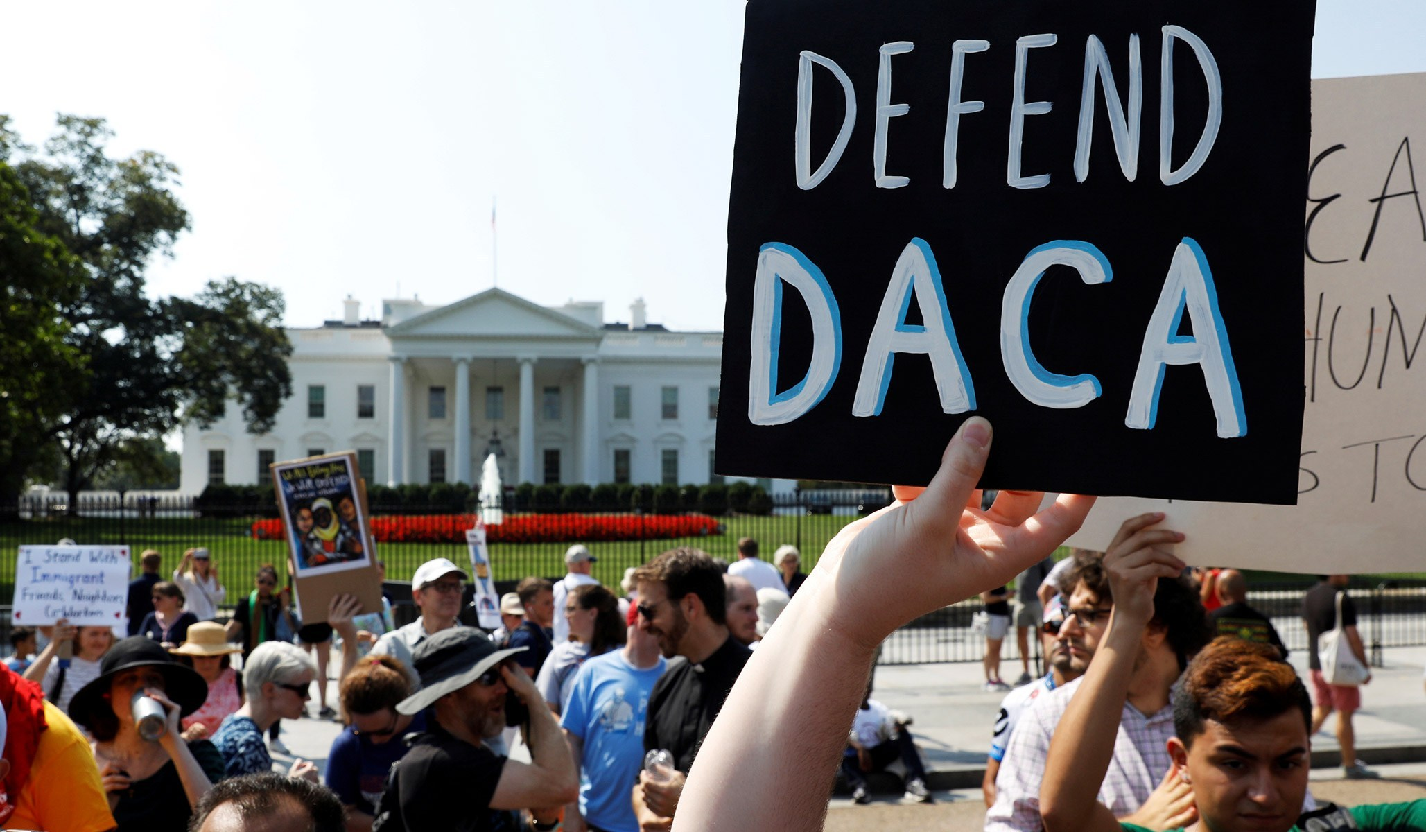US Supreme Court Rules Trump Cannot Rescind DACA