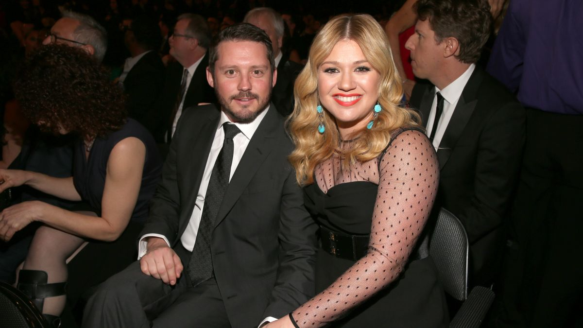 Kelly Clarkson Files for Divorce After Almost 7 Years of Marriage