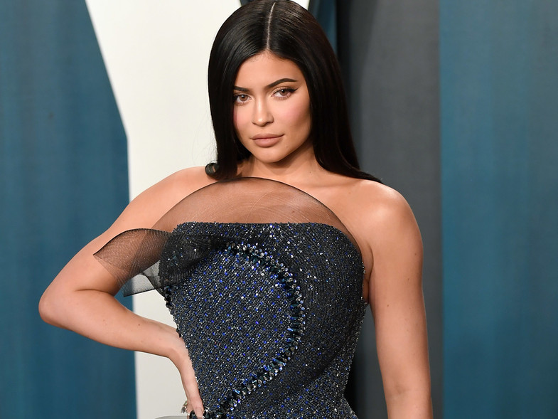Manhattan restaurant hostess rates best and WORST celebrities she has served – revealing Kylie Jenner 'tipped $20 on a $500 tab' while saying Hailey Bieber 'was not nice'