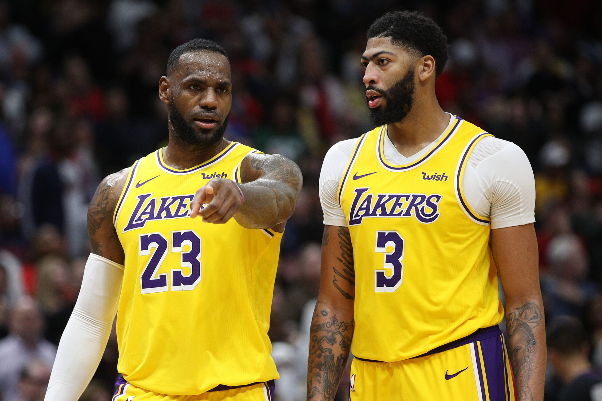 Lakers vs. Trail Blazers score, takeaways: LeBron, Anthony Davis have huge nights in closeout Game 5 win