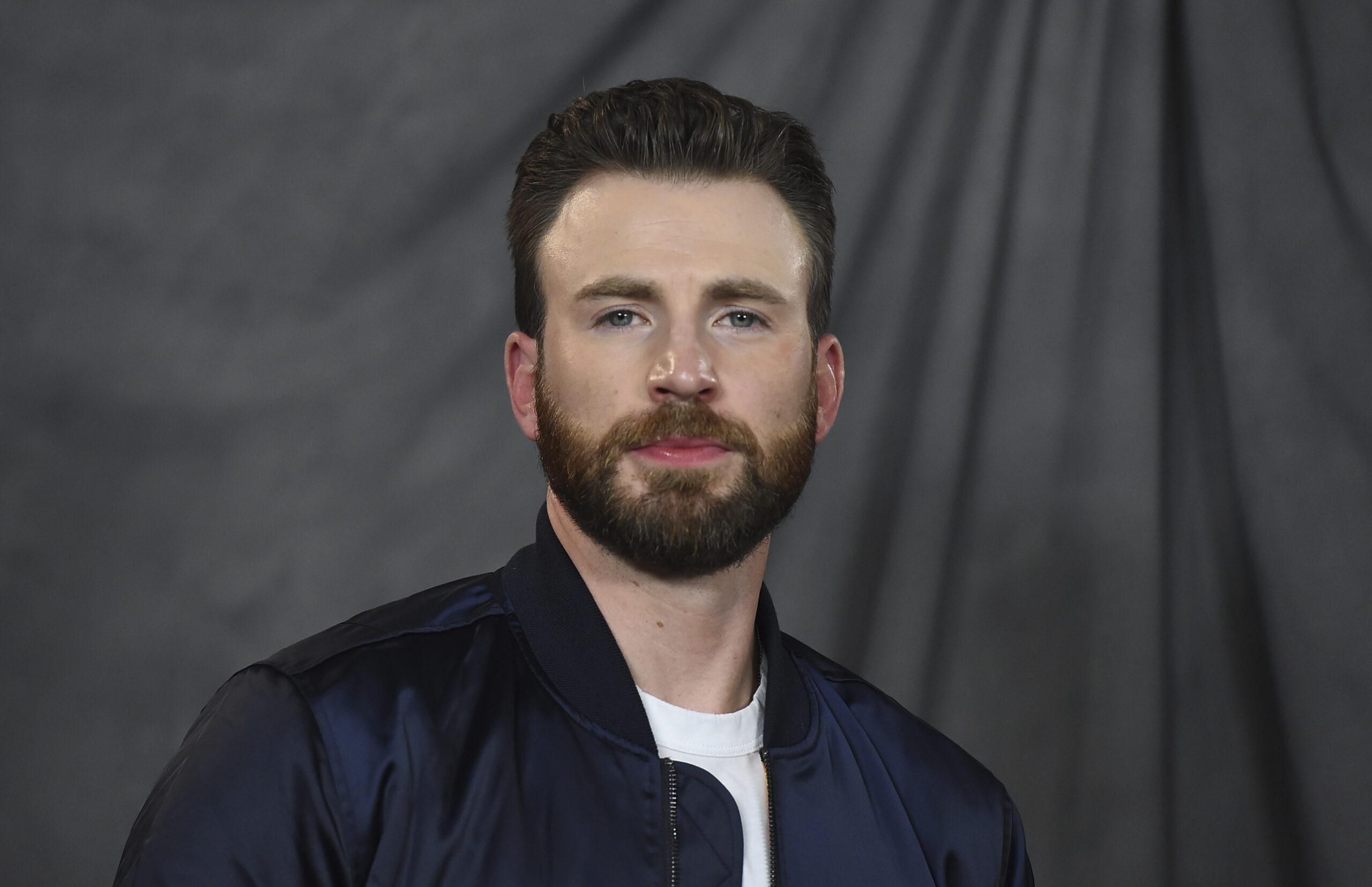 Avengers' Chris Evans accidentally shares nude photo on Instagram