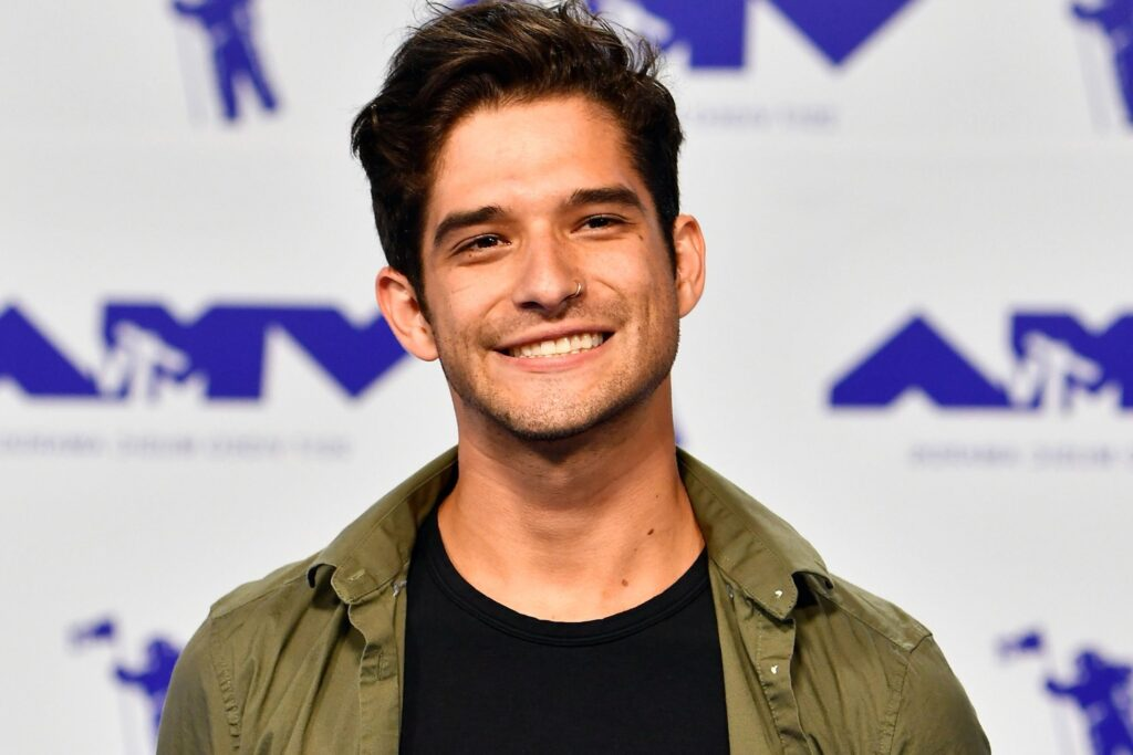 Tyler Posey Joins OnlyFans With a Nude Guitar Serenade - PAPER