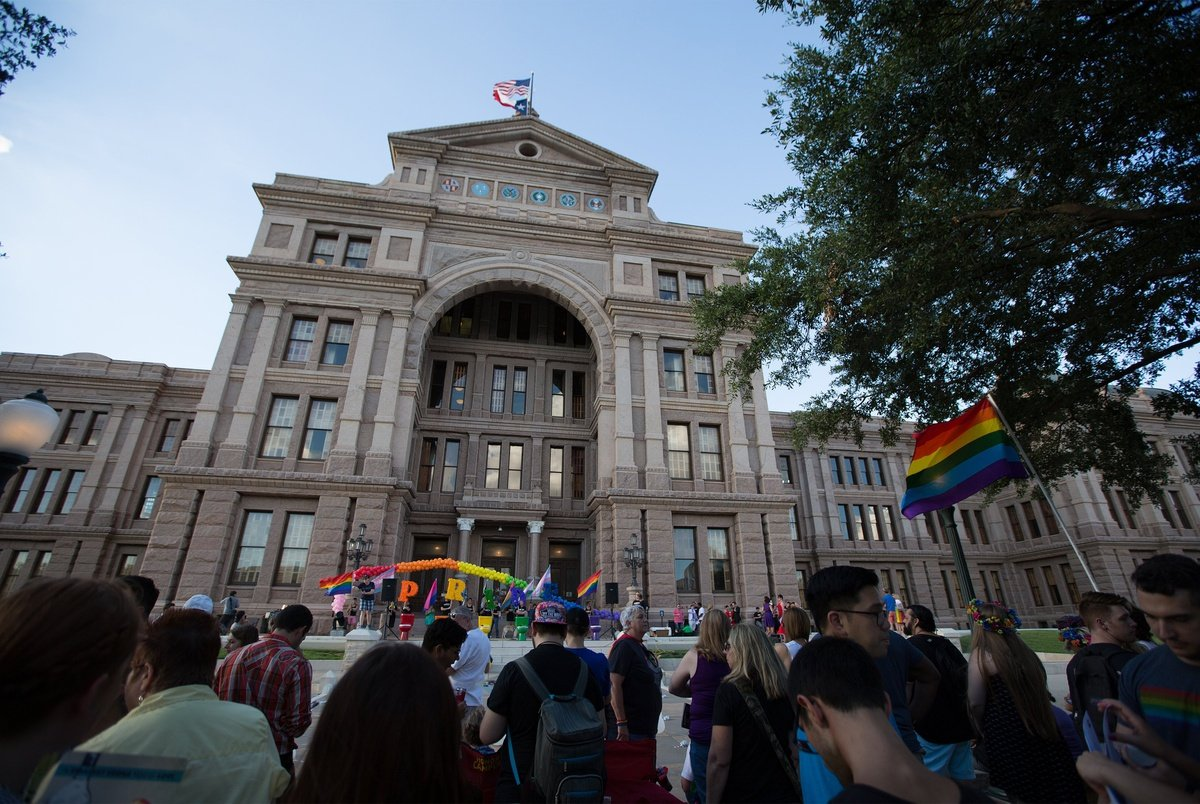 New Texas rule lets social workers turn away clients who are LGBTQ or have a disability
